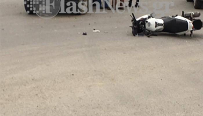 Συγκρούστηκε αυτοκίνητο με μηχανή στη Σούδα