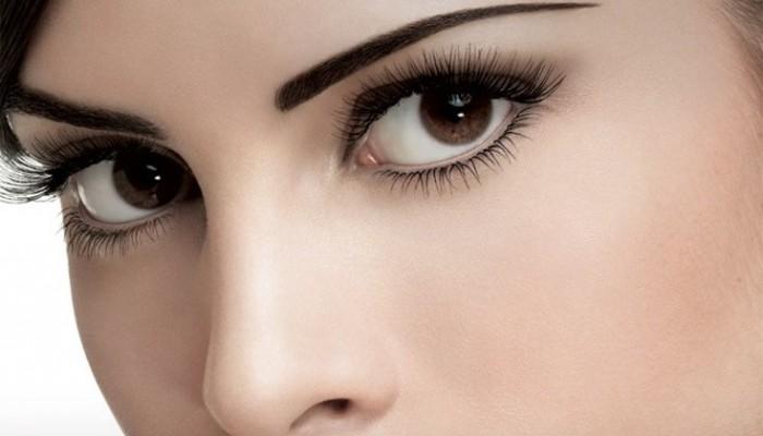 Πώς να κάνετε τα μάτια σας να δείχνουν μεγαλύτερα