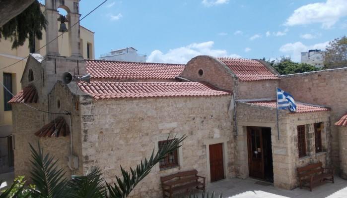 Θρασύτατη κλοπή λειψανοθήκης καρέ-καρέ μέσα σε εκκλησία του Ηρακλείου