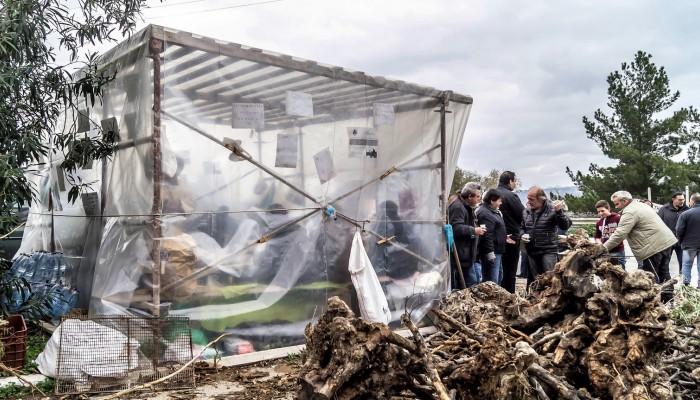 Αποχώρησαν απο τα μπλόκα οι αγρότες και στην Κρήτη