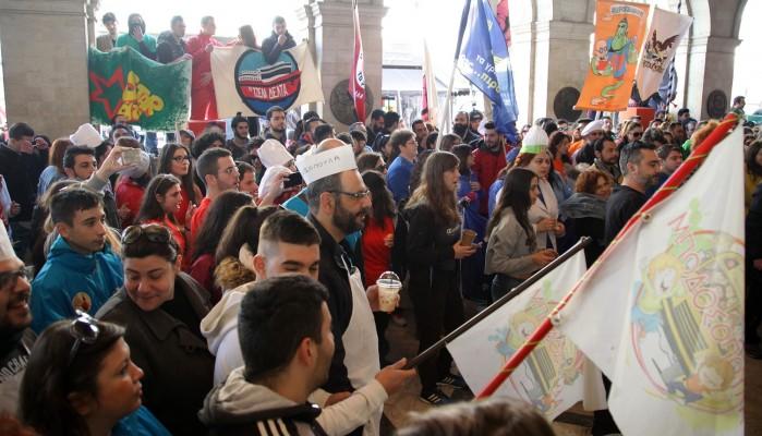 Χιλιάδες Ηρακλειώτες και επισκέπτες στις αποκριάτικες εκδηλώσεις