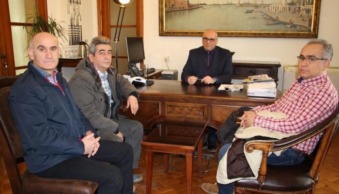 Συνάντηση Δημάρχου Χανίων με μέλη του Δ.Σ. της Π.Ο.Σ.Τ.