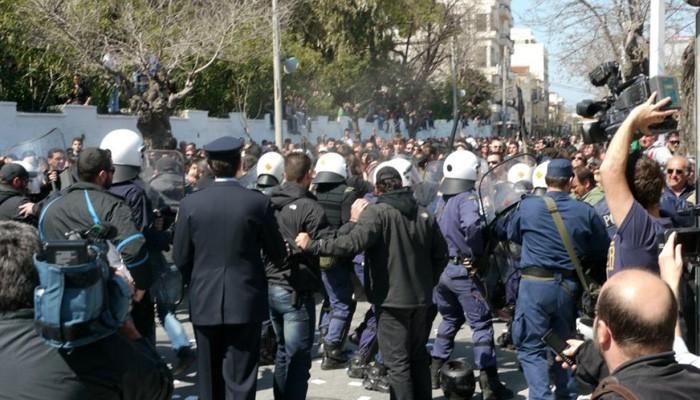 Δίκη τριών διαδηλωτών την Τετάρτη στα Χανιά