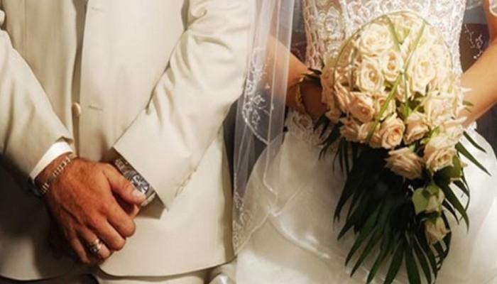 Άδειες γάμου και πιστοποιητικά βάπτισης με ένα μόνο κλικ!