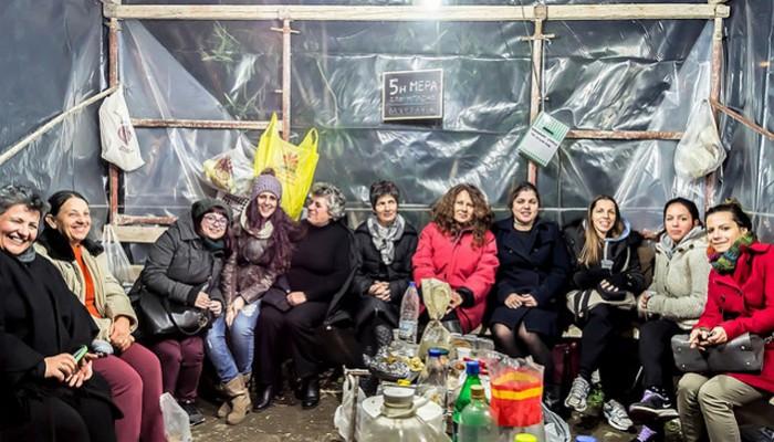 Η ομάδα γυναικών Ραμνής καλούν τις αγρότισσες στα μπλόκα