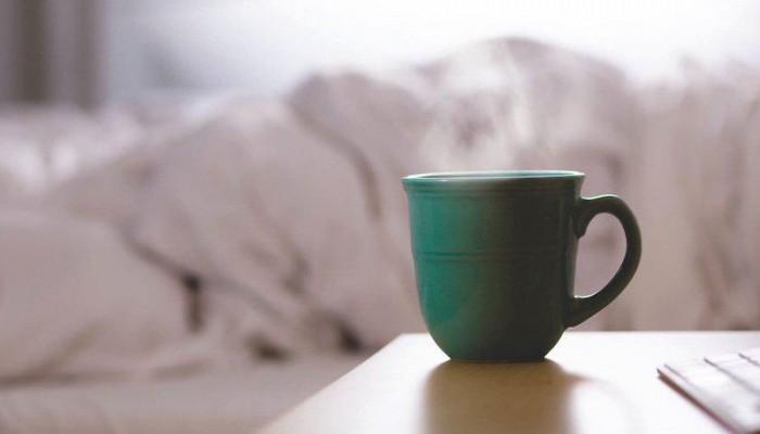 Οι 5 «κακές» πρωινές συνήθειες που προσθέτουν κιλά