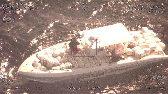 Βίντεο με καταδίωξη εν πλω - Εντόπισαν σκάφος γεμάτο με δυο τόνους κάνναβης