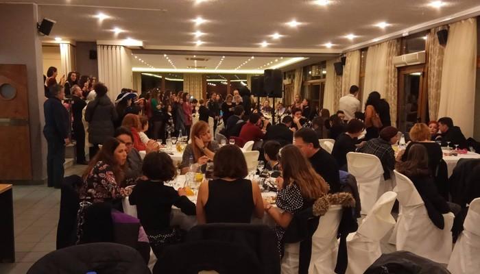 Πλήθος κόσμου στην χοροεσπερίδα του Μουσικού Σχολείου Χανίων (φωτο-βίντεο)