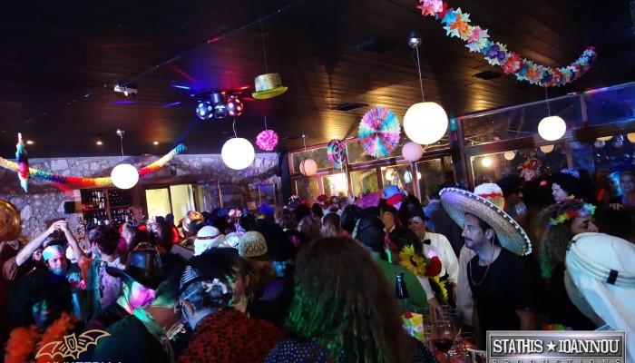 Το πάρτυ που έχει ταυτιστεί με την Αποκριά στα Χανιά (φωτο)