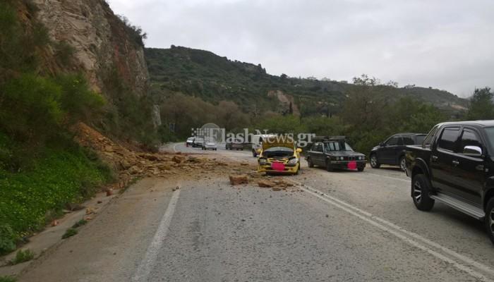Τράκαρε οδηγός από πτώση βράχων στο Πλατάνι Χανίων (φωτο)