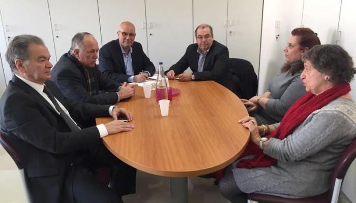 Την έγκαιρη παραχώρηση των παραλιών στους Δήμους ζήτησε o δήμαρχος Χανίων