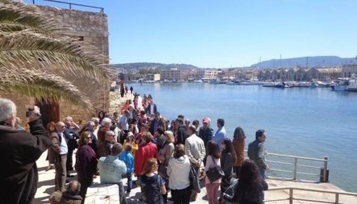 """Έναρξη προγράμματος ξεναγήσεων Δ.Χανίων: """"ΓΝΩΡΙΖΩ και ΣΕΒΟΜΑΙ την πόλη μου"""""""