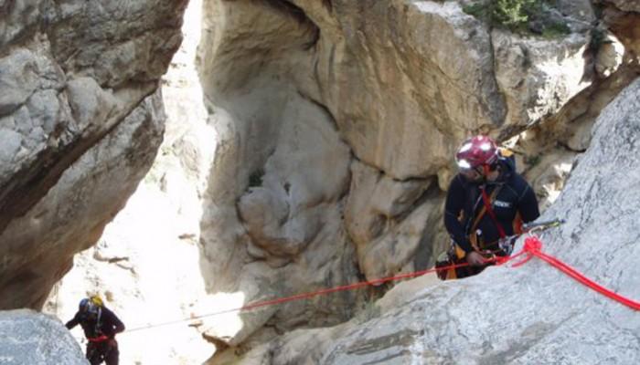 Σχολή μύησης στο canyoning του Ε.Ο.Σ. ΧΑΝΙΩΝ