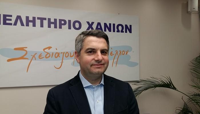 Αποσύρθηκε από τη διεκδίκηση της αρχηγίας ο Οδυσσέας Κωνσταντινόπουλος