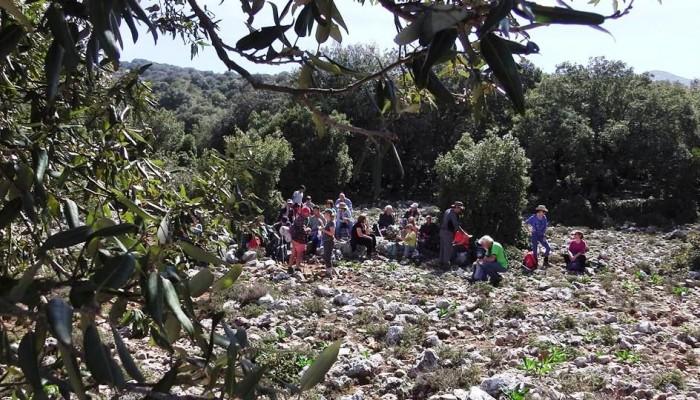 Παιδική εξόρμηση στα Παλαιά Ρούματα  στο Φαράγγι Βαβουλέδω