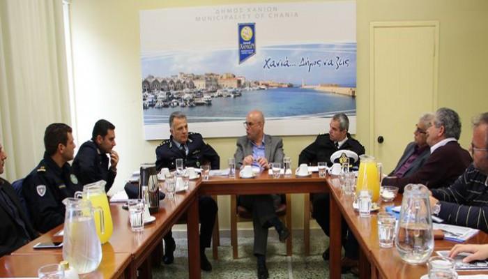 Επι τάπητος θέματα αστυνόμευσης και κυκλοφορίας λόγω τουριστικής σεζόν