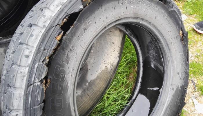Κατά δεκάδες οδηγοί στα Χανιά αλλάζουν ελαστικά μετά το τροχαίο δυστύχημα