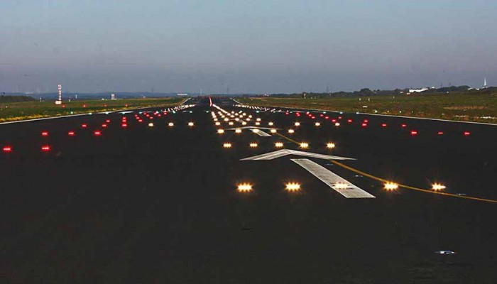 Fraport : Μόνο στο αεροδρόμιο Χανίων χρεώνονται τέλη….φωτισμού!