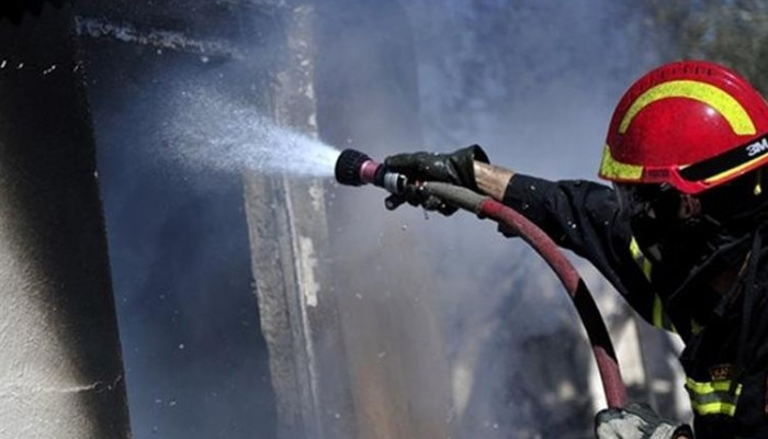 Στις φλόγες τυλίχθηκε γκαρσονιέρα στο Ρέθυμνο