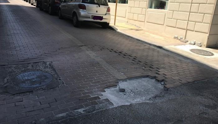 Διακοπή κυκλοφορίας: Αποκαθιστούν το πλακόστρωτο στις Κτιστάκη και Χιωτάκη