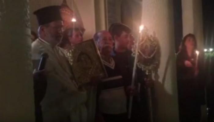 Όταν ο Παπάς στην Κρήτη φωνάζει πυρ…. πριν από το Χριστός Ανέστη (βίντεο)