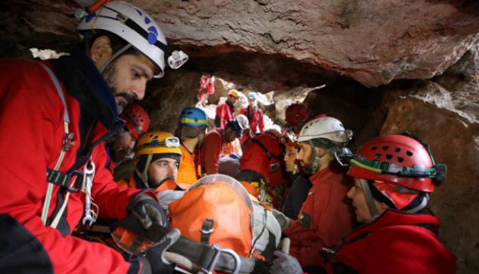 Τραυματισμός κοπέλας και επιχείρηση διάσωσης σε σπήλαιο του Αποκόρωνα