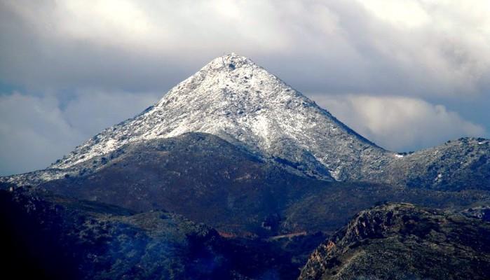 Ανάβαση στην κορυφή του Στρούμπουλα από τον Ορειβατικό Σύλλογο Αγ. Νικολάου