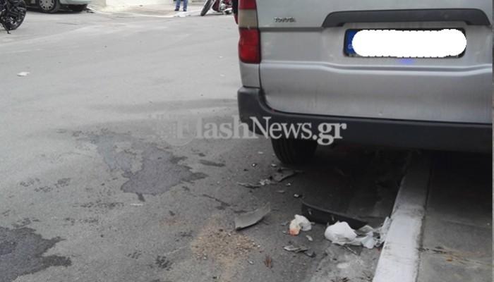 Μηχανάκι συγκρούστηκε με κλούβα στα Χανιά (φωτο)