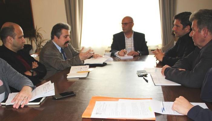 Σύσκεψη στο Δημαρχείο Χανίων για την αποκατάσταση των Νεωρίων
