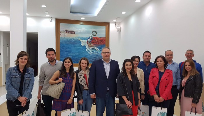 Δημοσιογράφοι από τις δημοφιλέστερες εφημερίδες της Αγγλίας στην Κρήτη