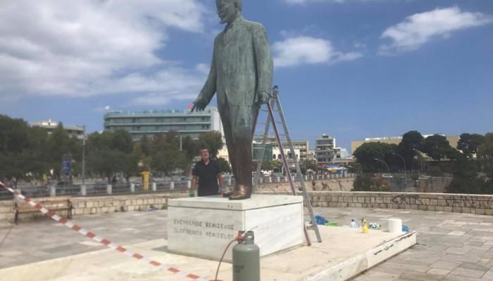 Γνωστοί επιχειρηματίες του Ηρακλείου συντηρούν τα αγάλματα της πόλης
