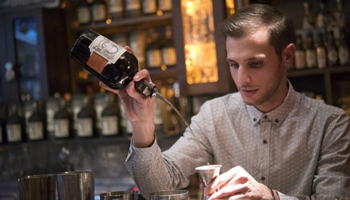 Bartender από τα Χανιά προκρίθηκε στον παγκόσμιο τελικό του Λονδίνου