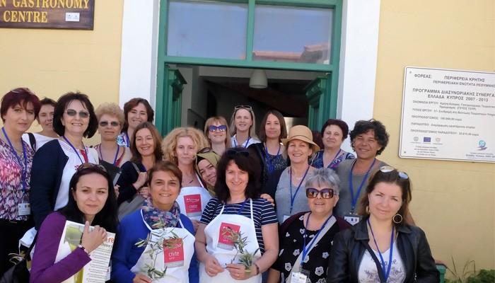 Εκπαιδευτικοί από την Ευρώπη «εκπαιδεύονται» στην Κρητική Διατροφή