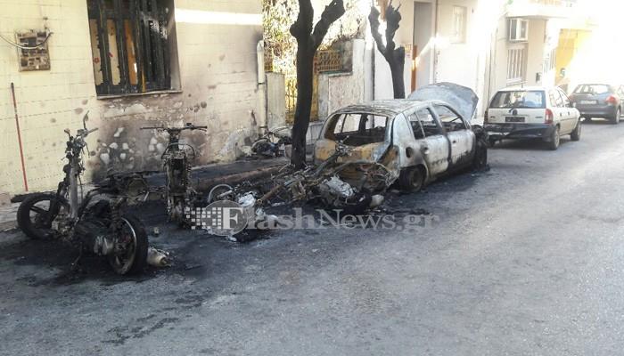 Παρανάλωμα του πυρός αυτοκίνητα και δίκυκλα την νύχτα στην Κρήτη (φωτο)