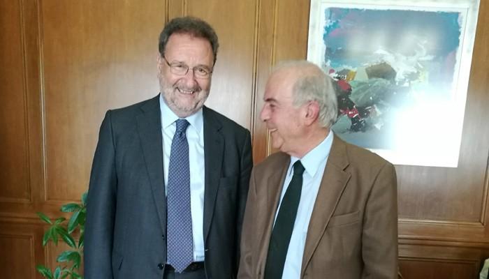 Συνάντηση Δημάρχου Ηρακλείου με τον Υφυπουργό Οικονομίας Στέργιο Πιτσιόρλα