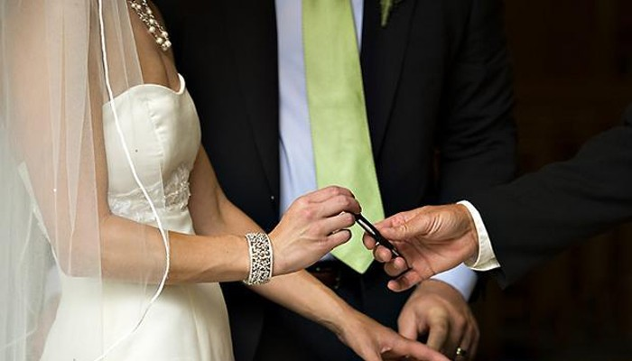 Δήμαρχος Χανίων: Επιστολή στον Π.Σκουρλέτη για τους πολιτικούς γάμους