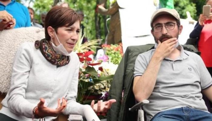 Τουρκία: Η αστυνομία συνέλαβε 2 δασκάλους που πραγματοποιούν απεργία πείνας