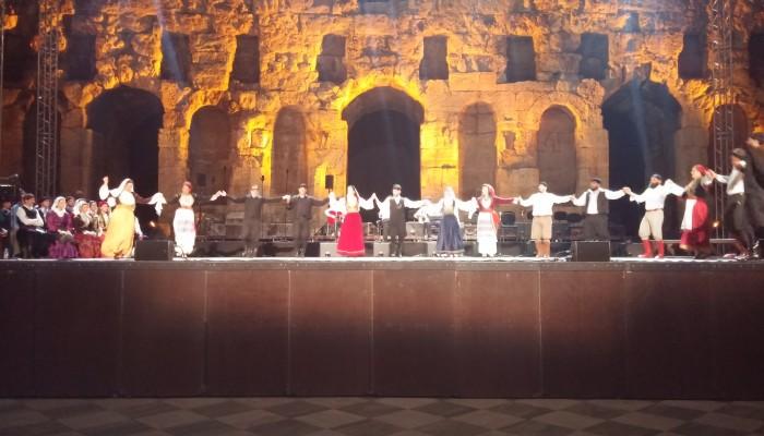 Πλημμύρισε από μουσικές της Κρήτης το Ηρώδειο