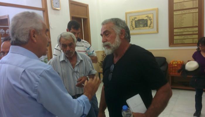 Παρέμβαση των αγροτών στο Περιφερειακό Συμβούλιο Κρήτης