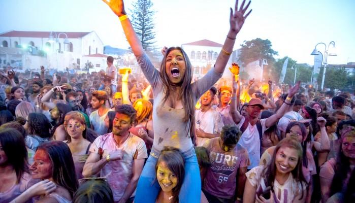 Όλα έτοιμα για το Holi Fest στο Ηράκλειο! - Τεράστια μέχρι τώρα η συμμετοχή