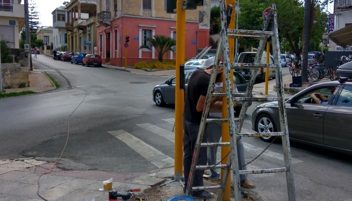 Συντήρηση & αντικατάσταση των ιστών φωτεινής σηματοδότησης στον Δήμο Χανίων