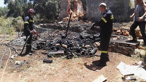 Η Πυροσβεστική πρόλαβε τα χειρότερα στον Αγ. Ματθαίο στα Χανιά (φωτό)