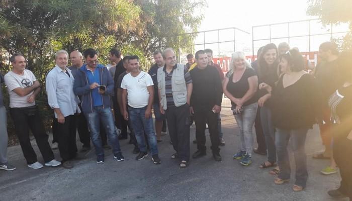 Εργαζόμενοι στον δήμο απέκλεισαν το αμαξοστάσιο καθαριότητας του δ. Χανίων