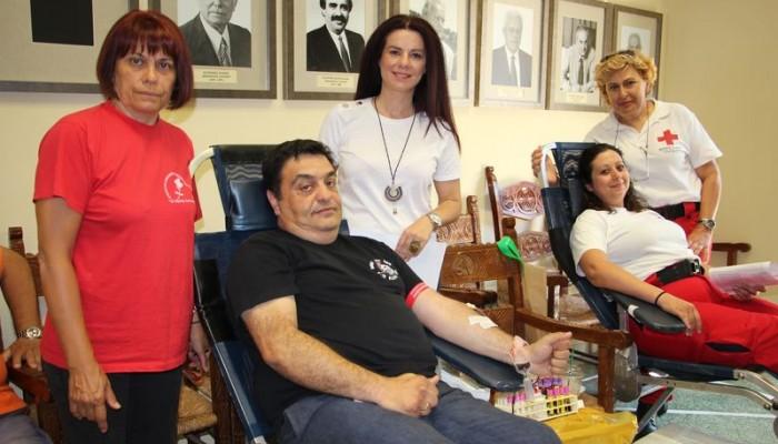 Με ικανοποιητική συμμετοχή η εθελοντική αιμοδοσία στο Δημαρχείο Χανίων