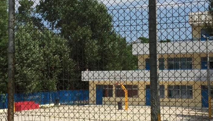 Από αδέσποτη σφαίρα σκοτώθηκε ο 10χρονος μαθητής στο σχολείο στο Μενίδι