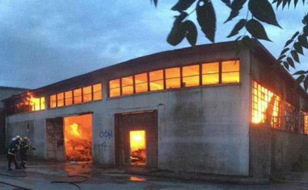 Τεράστιες καταστροφές στις παλιές αποθήκες του συνεταιρισμού στις Αρχάνες