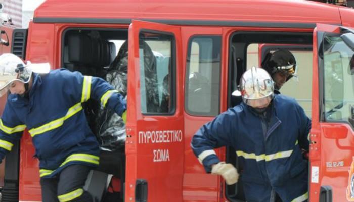 Αναστάτωση στο κέντρο του Ηρακλείου από πυρκαγιά σε αυτοκίνητο