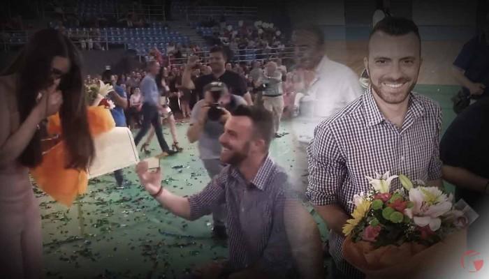 Κρήτη: Μόλις πήρε το πτυχίο πήρε και το μονόπετρο- Ξεχωριστή πρόταση γάμου