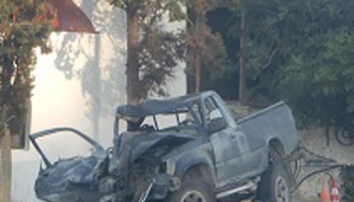 Ηράκλειο: Έπεσε με σφοδρότητα σε εκκλησία και εγκλωβίστηκε στο αγροτικό