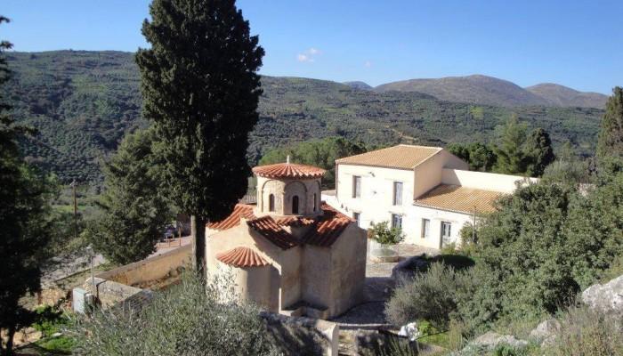 Μετά από ένα αιώνα ερήμωσης μοναστήρι της Κρήτης αποκτά και πάλι